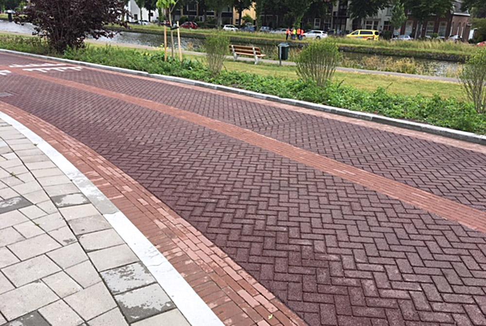 asfalt met print