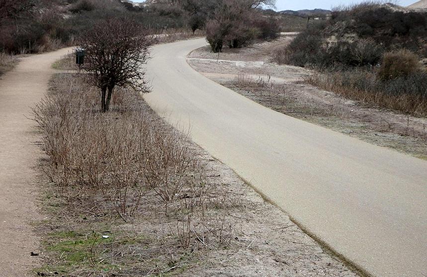 Wit asfalt Kijkduin