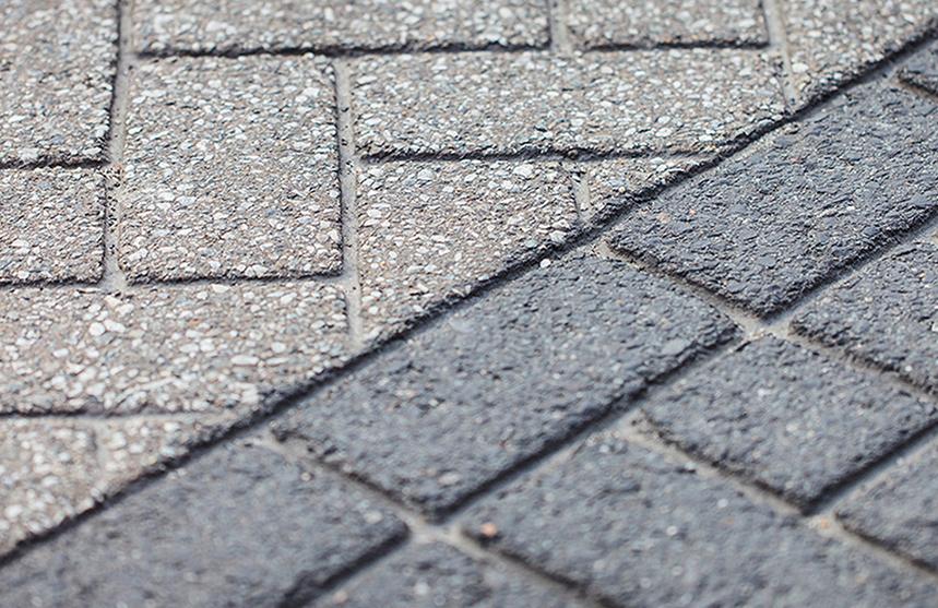Brick pavement in asfalt