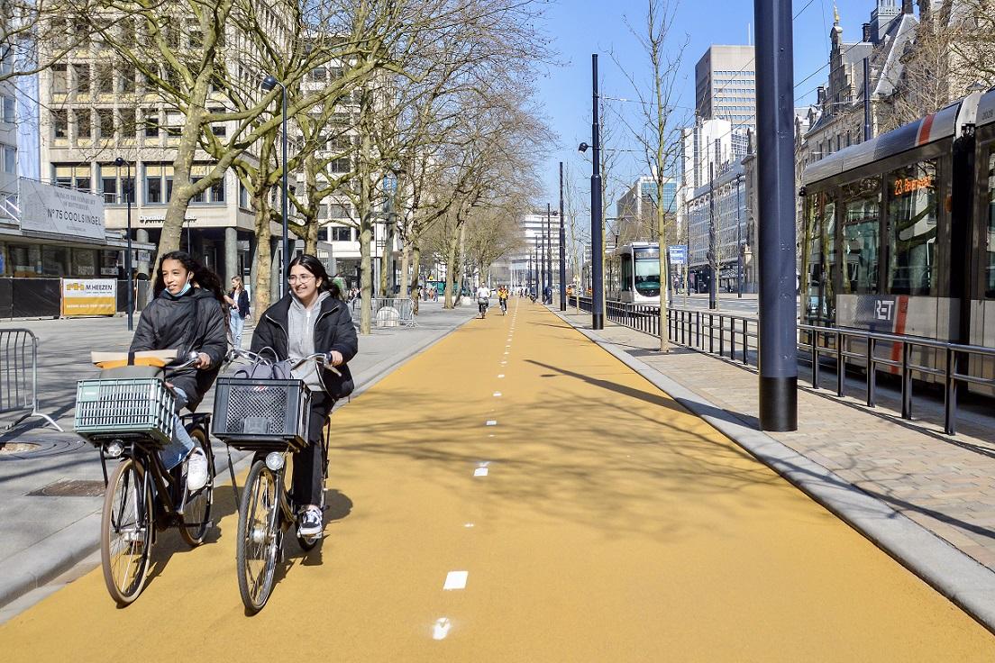 Geel asfalt Rotterdam